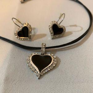 Premier Designs Black Heart And Crystal Set